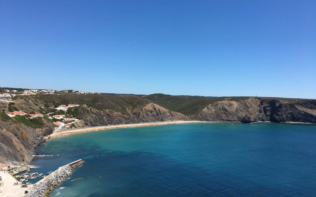 Vue panormique sur la plage Arrifana